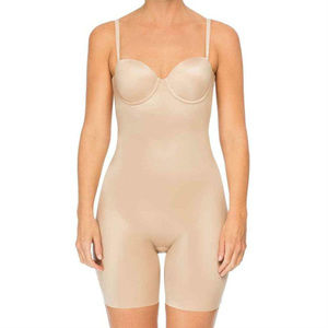 SPANX Womens Cupped Mid Thigh Bodysuit Shape